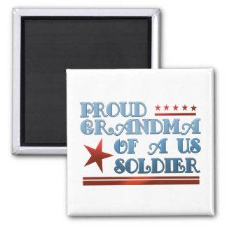 Abuela orgullosa de un soldado de los E.E.U.U. Imán