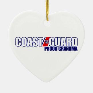 Abuela orgullosa del guardacostas adorno navideño de cerámica en forma de corazón