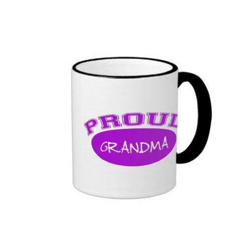 Abuela orgullosa (púrpura) taza a dos colores