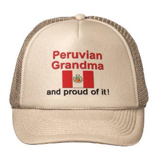 Abuela peruana orgullosa gorro de camionero