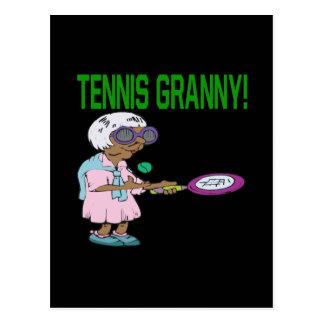 Abuelita del tenis postal