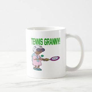 Abuelita del tenis taza de café