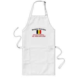 Abuelo belga apuesto delantal largo