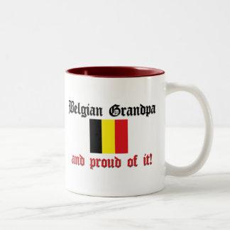 Abuelo belga orgulloso taza de dos tonos