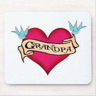 Abuelo - camisetas y regalos de encargo del tatuaj tapete de raton