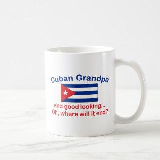 Abuelo del cubano de Gd Lkg Taza Básica Blanca