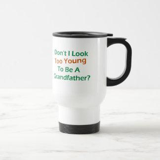 Abuelo demasiado joven taza