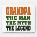 ¡Abuelo - el hombre, el mito, la leyenda! Tapete De Ratón