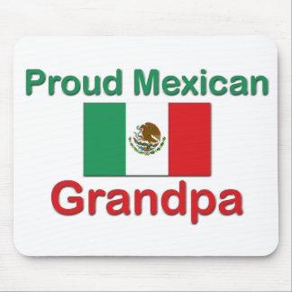 Abuelo mexicano orgulloso alfombrilla de raton