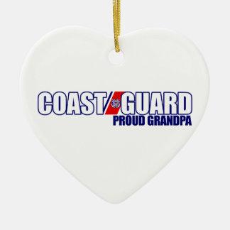 Abuelo orgulloso del guardacostas adorno navideño de cerámica en forma de corazón