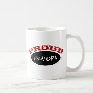 Abuelo orgulloso (negro y rojo) taza