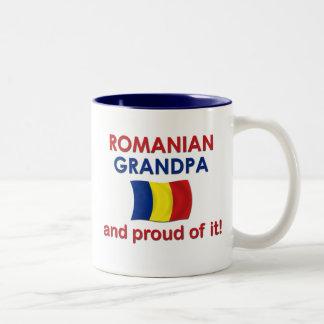 Abuelo rumano orgulloso taza de café de dos colores