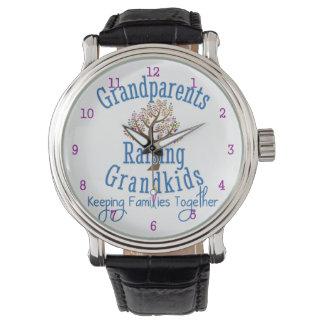 Abuelos que crían a Grandkids Relojes