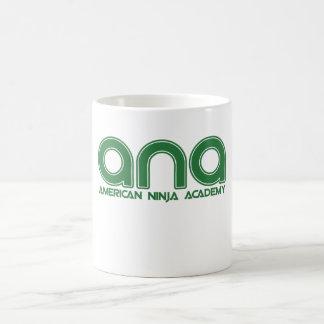 Academia de Ninja del americano Taza Básica Blanca
