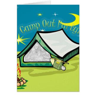 Acampa hacia fuera la tarjeta del fiesta de la fot