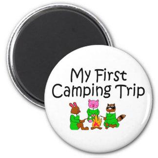 Acampando mi primera acampada imanes