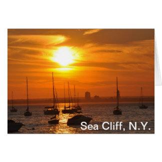 Acantilado del mar de la tarjeta de nota