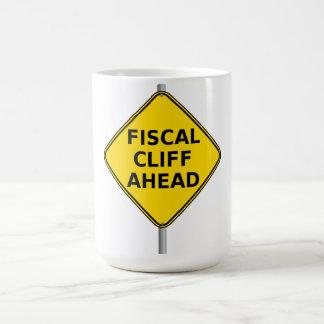 Acantilado fiscal a continuación taza básica blanca