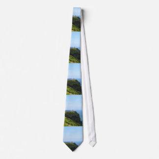 Acantilados verdes hermosos de Moher Corbata Personalizada