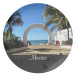 Acceso de la playa de BEAACC Platos Para Fiestas