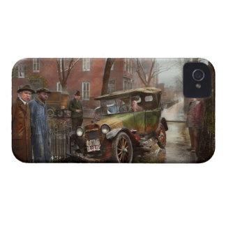 Accidente de tráfico - salió en ninguna parte de Case-Mate iPhone 4 funda