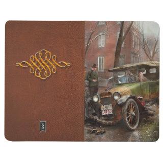 Accidente de tráfico - salió en ninguna parte de cuadernos grapados
