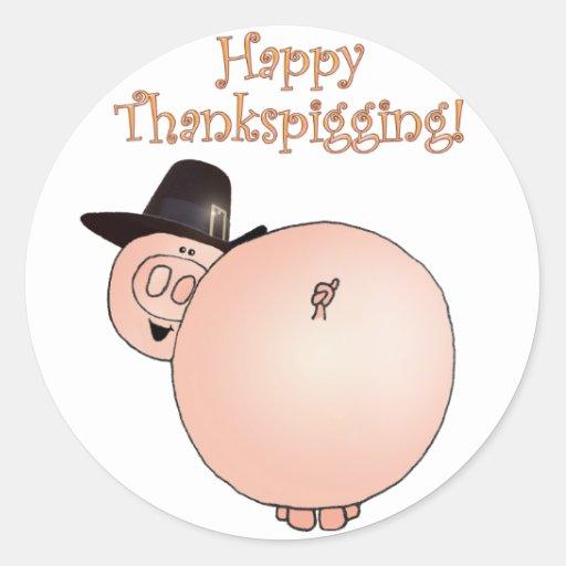 Acción de gracias divertida del cerdo del dibujo pegatina redonda
