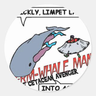 Acción del hombre de la ballena de esperma pegatina redonda