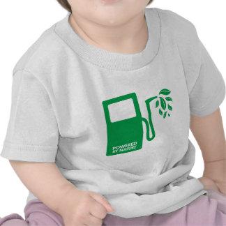 Accionado por el combustible biológico de la natur camiseta