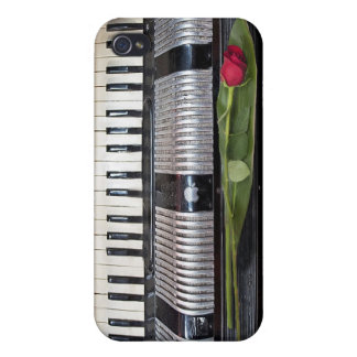 Accordion with Rose iPhone 4/4S Cover