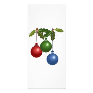 Acebo y diseño de los ornamentos del navidad tarjeta publicitaria personalizada