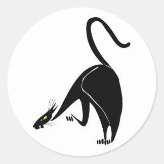 Acecho agraciado del gato negro pegatina redonda
