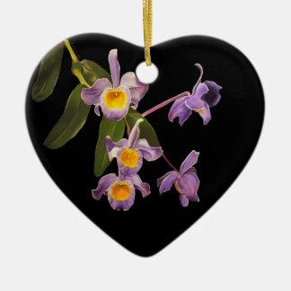 Aceite púrpura de las orquídeas en el ornamento de adorno para reyes