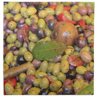 Aceitunas clasificadas en un mercado de Provencal  Servilletas Imprimidas