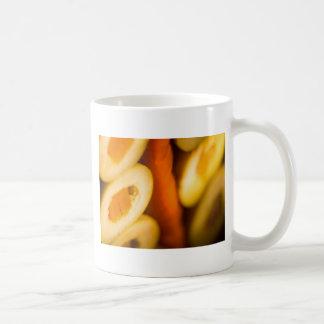 Aceitunas y pimienta conservadas en vinagre tazas