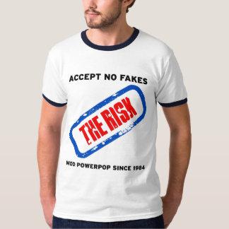 Acepte en las falsificaciones - el riesgo poleras