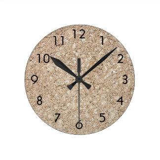Acera beige amelocotonada pálida del cemento reloj redondo mediano