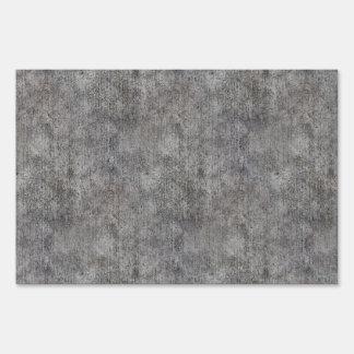 Acera gris resistida del cemento señal