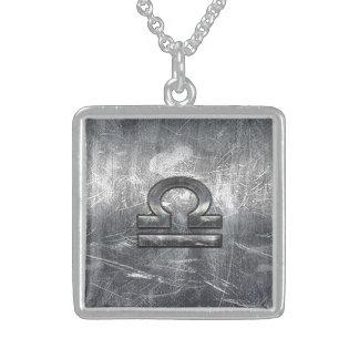Acero industrial apenado símbolo del zodiaco del collar de plata de ley