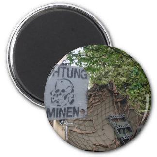 achtung minen magnet