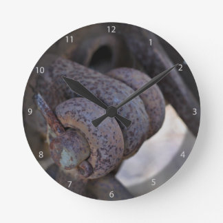 Acoplamiento oxidado del coche de carril reloj