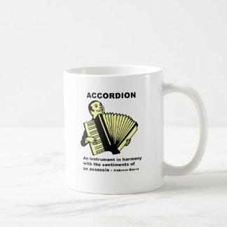 Acordeón (definido chistoso) taza básica blanca
