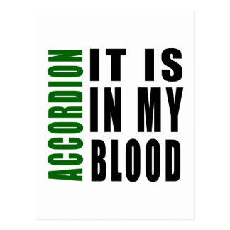 Acordeón está en mi sangre postal
