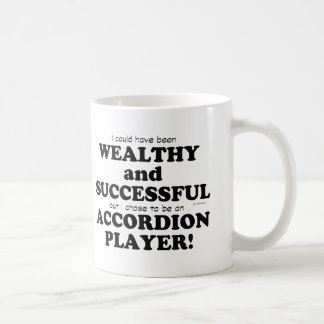 Acordeón rico y acertado taza de café