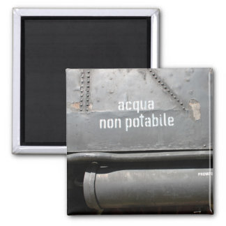 Acqua Non Potabile - Don't drink Magnet