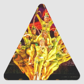 Acróbatas de circo de Pekín Pegatina Triangular