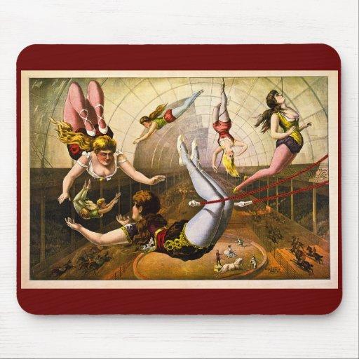 Acróbatas de sexo femenino 1890 tapete de ratones