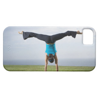 Acrobats and Contortionists 2 iPhone SE/5/5s Case