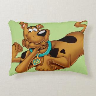 Actitud 13 del aerógrafo de Scooby Doo Cojín