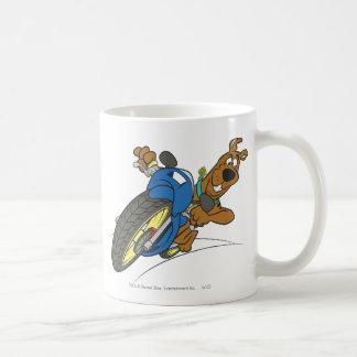 Actitud 23 del transporte de la meta de Scooby Doo Taza De Café